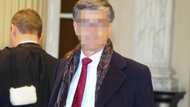 """""""Hij verrijkte zich jaren op de kap van kwetsbare bejaarden"""": ex-vrederechter Guido De Palmenaer (66) krijgt 4 jaar cel"""