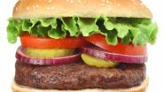 Heibel aan het hamburgerkraam: man breekt neus persoon voor hem in de rij