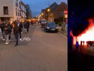 """De serene corona-optocht die een massa-event met Bengaals vuur werd in Geel: """"Dit was to-taal niet afgesproken!"""""""