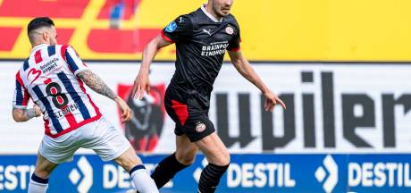 PSV wint na bizarre busrit: 'Zahavi kreeg overval thuis live mee, de emoties gierden door de spelersbus'