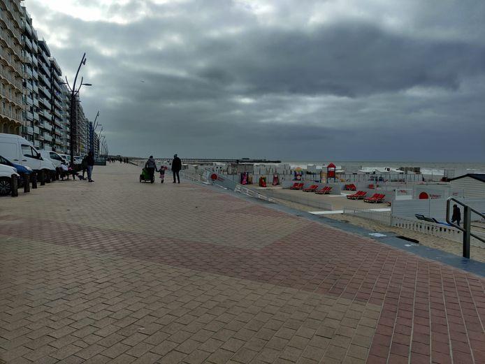 Het weer speelde niet in de kaart van de kustondernemers: het was kil en winderig aan zee.