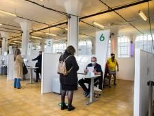 XL-vaccinatielocatie Van Nelle Fabriek tijdelijk gesloten vanwege Rotterdamse kunstweek