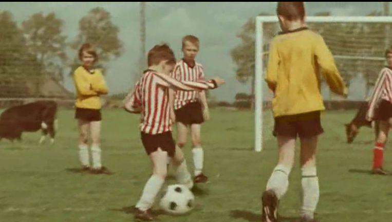 Beeld uit de commercial 'Pietertje' van Calvé. © youtube Beeld