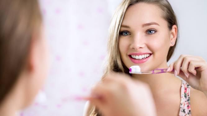 Waarom je tanden vergeten te poetsen erger is dan je denkt