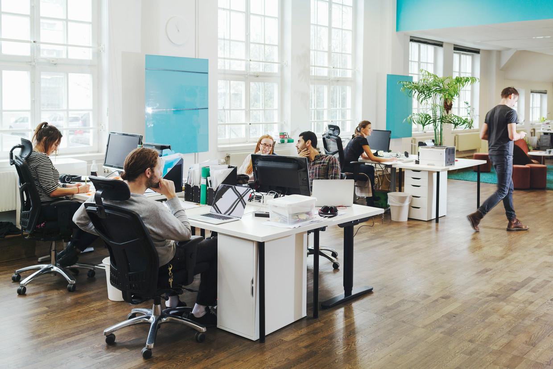 De gemiddelde loopbaan van een vrouw bedraagt vandaag 36,6 jaar. Bij mannen is dat 42,2 jaar. Beeld Shutterstock / Maskot Images