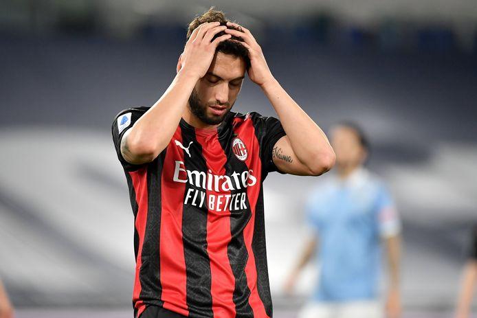 Hakan Calhanoglu (AC Milan)