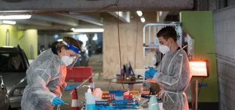 In deze speciale teststraat bij UMC Utrecht worden splinternieuwe methodes om corona op te sporen getoetst