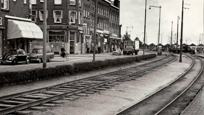 Wie herkent deze straat en welk vervoermiddel reed hier?