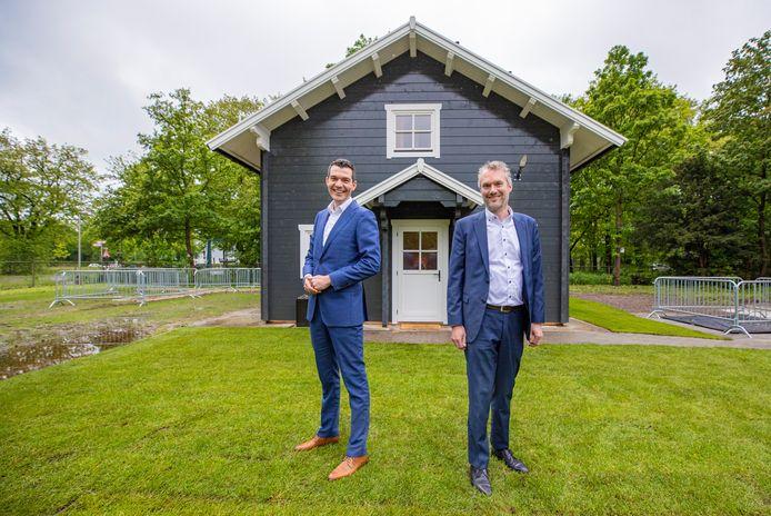 Energietransitie-experts Sjoerd Delnooz van Kiwa (links) en Bart Vogelzang van Alliander zijn trots op hun samenwerking: 'We leren van elkaar.'