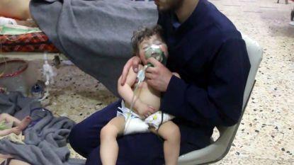 """Trump beschuldigt Assad en Poetin van gifgasaanval in Syrië: """"Ze zullen hier een zware prijs voor betalen"""""""