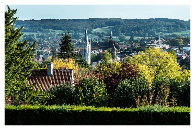 Een imposant wandelnetwerk door de Vlaamse Ardennen maakt dat ook niet-fietsers de bergen kunnen bedwingen.
