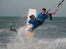 Kitesurfers kunnen los in Lelystad