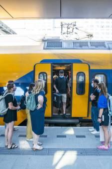 Bedrijven als Rabobank en VodafoneZiggo scharen zich achter Dijksma en smeken Den Haag: 'Geef miljarden voor ov'