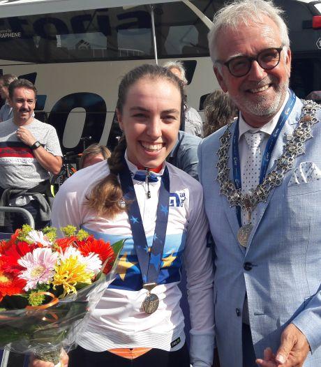 Nick van der Lijke en Zeeuws juniorenduo naar EK wielrennen