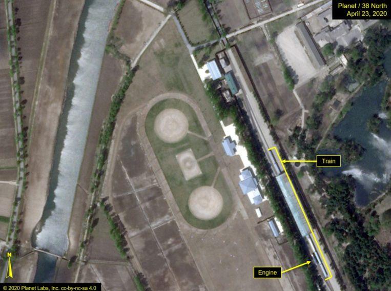 Door de website 38North geanalyseerde satellietbeelden vertonen de aanwezigheid van de trein van de Noord-Koreaanse leier Kim Jong-un buiten de hoofdstad van het land. Beeld 38North.org