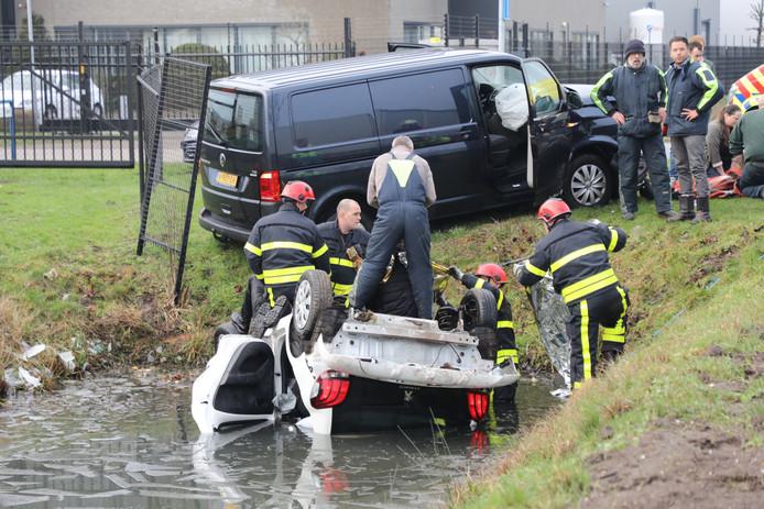 Ongeluk op de Kleiweg in Waalwijk.