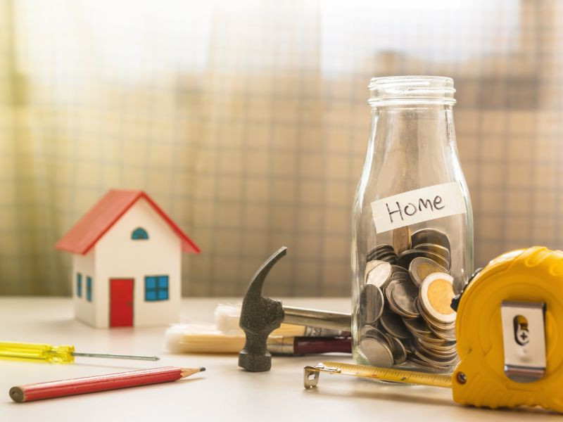 Aangezien sparen niet meer opbrengt, zoeken steeds meer mensen naar alternatieve beleggingen. Vastgoed is dan een logische keuze.