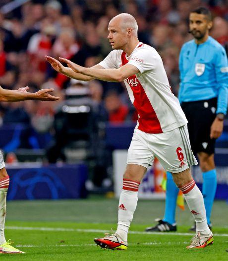 Concurrentiestrijd tussen Berghuis en Klaassen als schaduwspits nadert kookpunt bij Ajax
