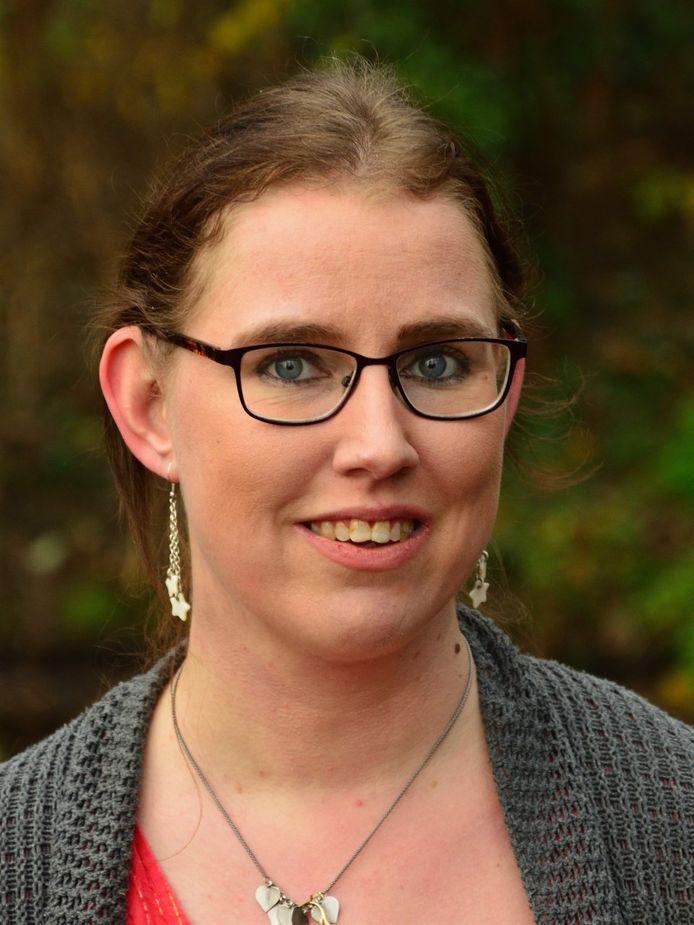 Lonneke (36) zet altijd geld apart voor de periodes dat ze zich niet kan inhouden met kopen.