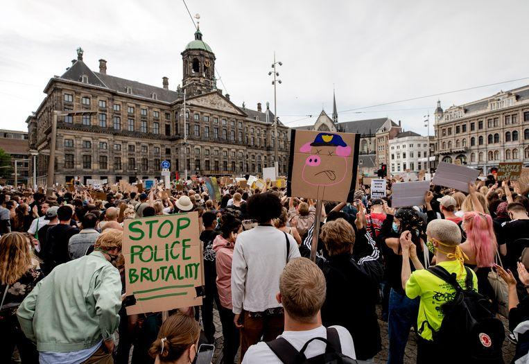 De demonstratie van BlackLivesMatter op de Dam afgelopen maandag. Beeld ANP