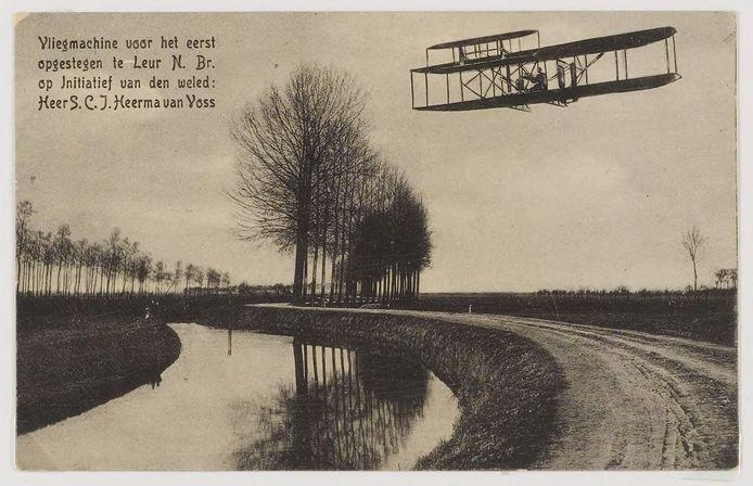 Een prentbriefkaart uit de vorige eeuw herinnert aan de mijlpaal in de Nederlandse luchtvaart die in 1909 plaatsvond bij de Leur:  'Vliegmachine voor het eerst opgestegen te Leur N.Br. op initiatief van den weled: heer S.C.J. Heerma van Voss'.