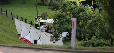 Familie-uitje met tuktuk eindigt in nachtmerrie: 'Die mensen zitten in een rollercoaster'