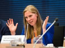 Er dreigt opnieuw een spoeddebat voor wethouder Lot van Hooijdonk over de Uithoflijn