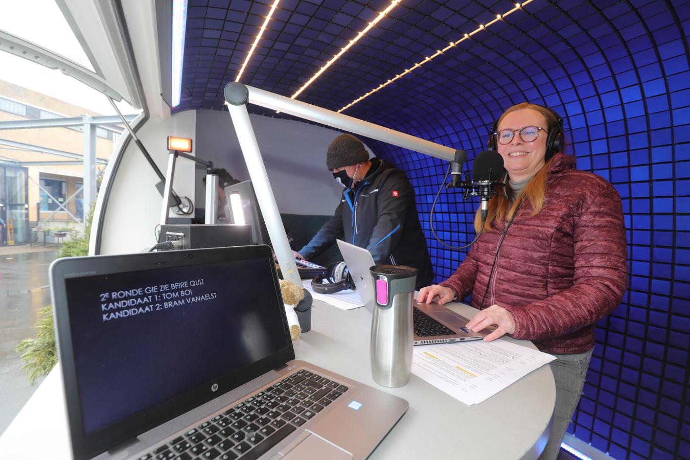 De radioshow van stad Brugge op het evenementenplein van Het Entrepot.