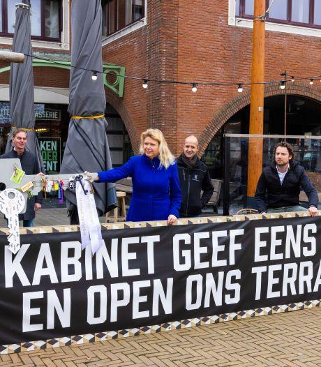 Noodkreet van Heusdense horeca: ondernemers leveren sleutels in bij burgemeester