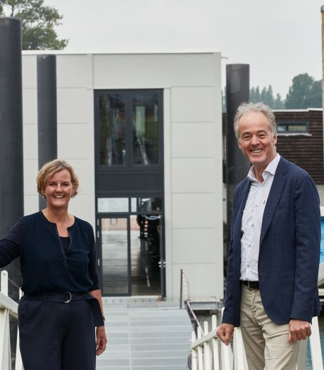 Roeivereniging Isala uit Zutphen neemt nieuw botenhuis officieel in gebruik: 'Klaar voor komende 100 jaar'