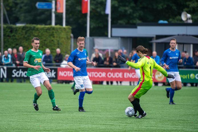 In de derde klasse D was er meteen een derby: De Zweef ontving plaatsgenoot SVVN. De Zweef won met 2-0.