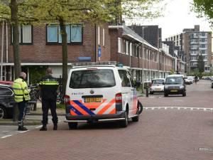 Politie houdt man aan in Hoograven na melding over vuurwapen: 'Treffen steeds vaker wapens aan bij jongeren'