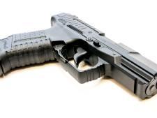 Nog één verdachte van vuurwapenbezit voortvluchtig na ontsnapping in Bergen op Zoom
