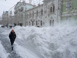 Moet er nog sneeuw zijn? Moskou geteisterd door zwaar winterweer