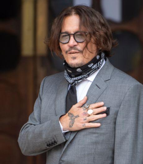 Johnny Depp: 'Ik kon Amber niet eens slaan met vinger in het gips'