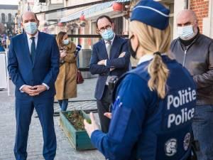 """Brusselse politie opent met discrete patrouilles jacht op mannen die vrouwen lastigvallen: """"We gaan die mannen zoeken"""""""
