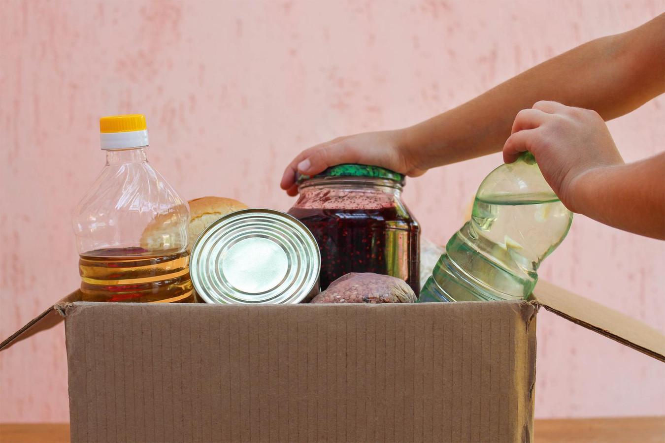 Ook verpakkingsmateriaal zoals plastic, aluminium en karton is moeilijker verkrijgbaar voor veel bedrijven in de voedingssector.