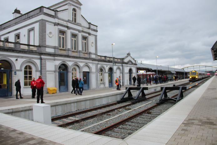 Het station in Ronse, waar eind 2021 het loket sluit.