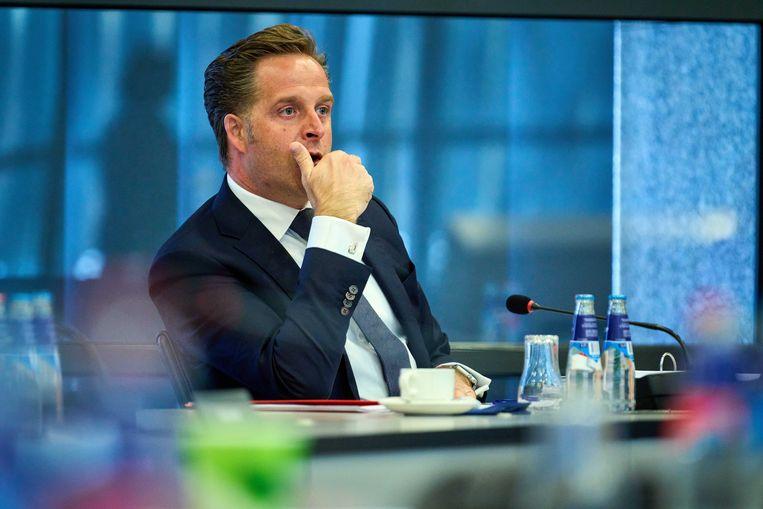 Demissionair minister Hugo de Jonge en zijn dochter werden online bedreigd door een 19-jarige man uit Boxtel. Beeld ANP