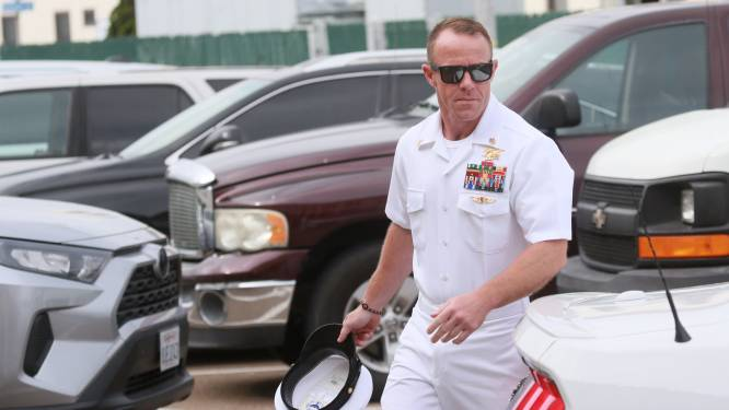 Moordende Navy SEAL Edward Gallagher krijgt steun van Trump en zet zo Amerikaans leger op zijn kop