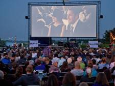 Drie films kijken in de openlucht langs Oude Maas in Spijkenisse