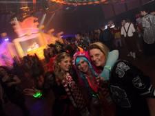Carnaval met 'Paperclip D'n Urste!' in Bergeijk