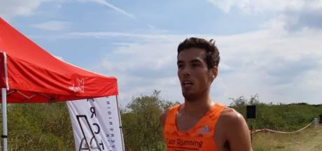 Mark te Brake uit Aalten voltooit eerste marathon na 2.31 uur