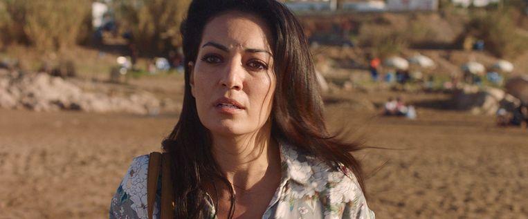 Maryam Touzani als Salima in 'Razzia'. Beeld Cinéart