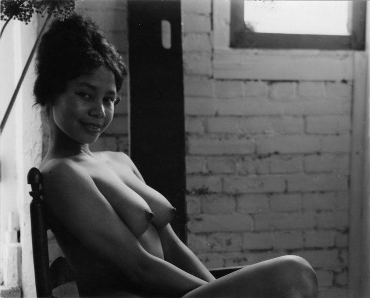 Jan Wolkers' foto van een Indonesische vriendin.  Beeld Privé-archief Jan Wolkers