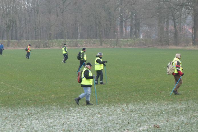 Het Veteranen Search Team bij een eerdere zoekactie in Berlicum.