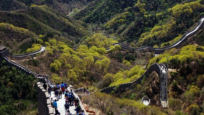 Delen van de Chinese muur worden dagelijks overspoeld met toeristen