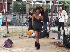 Swingen en eten op Afrikafestival Bottendaal
