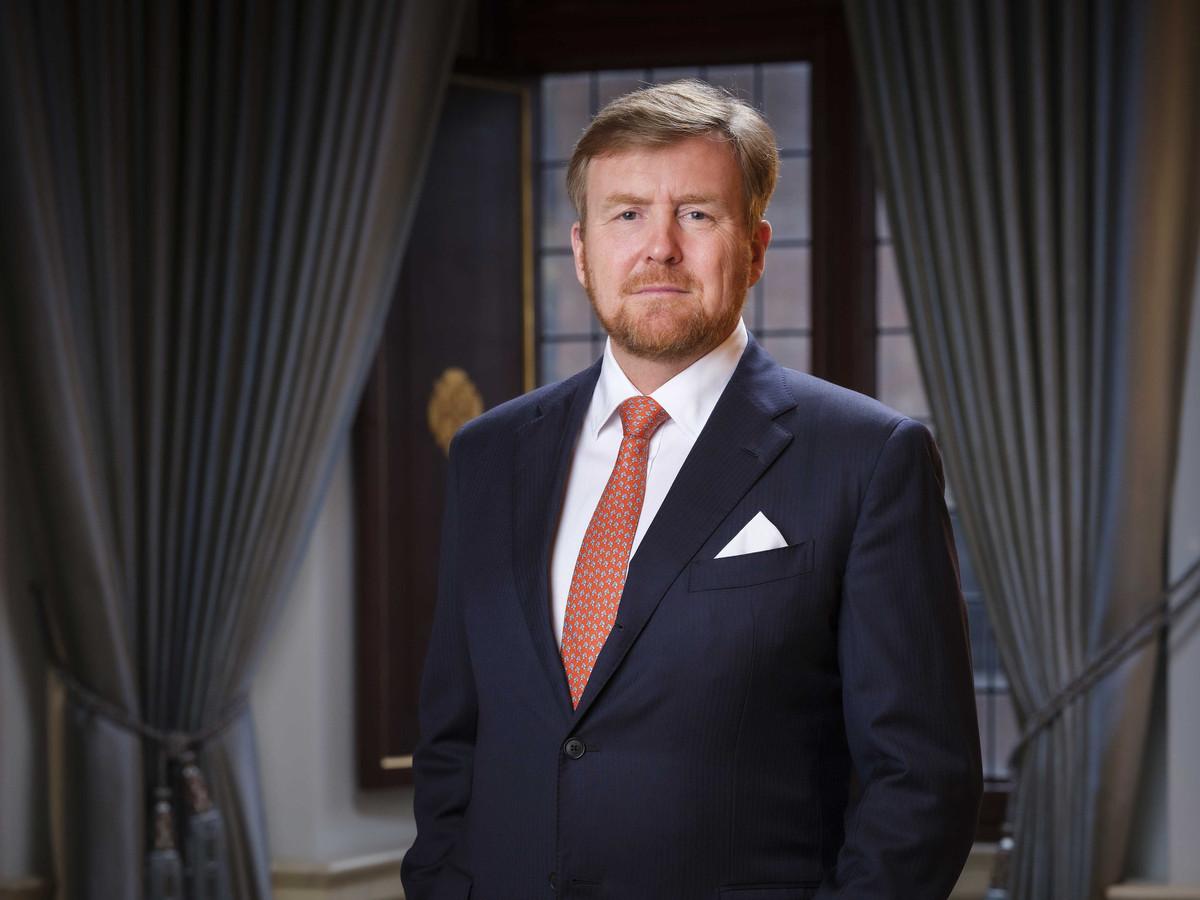 Koning Willem-Alexander geeft de aftrap voor het Multatuli-jaar, ter ere van de 200ste geboortedag van de schrijver op 2 maart.