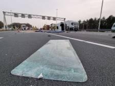 Ravage op A35 na ongeluk met gekantelde vrachtwagen bij Hengelo